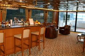 Manhattan-Elite-Lounge-Deck