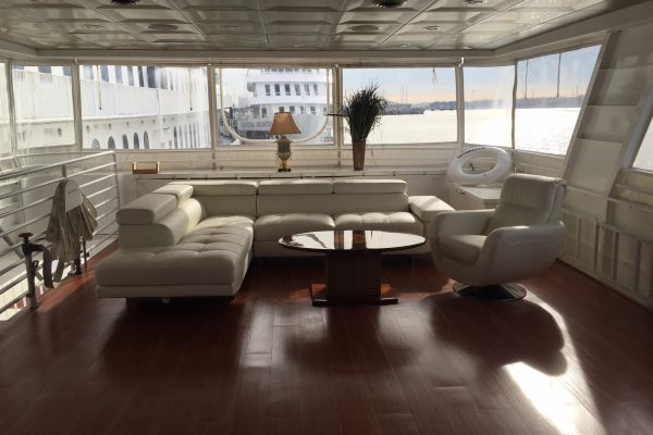Sundancer-Upper-Deck-5